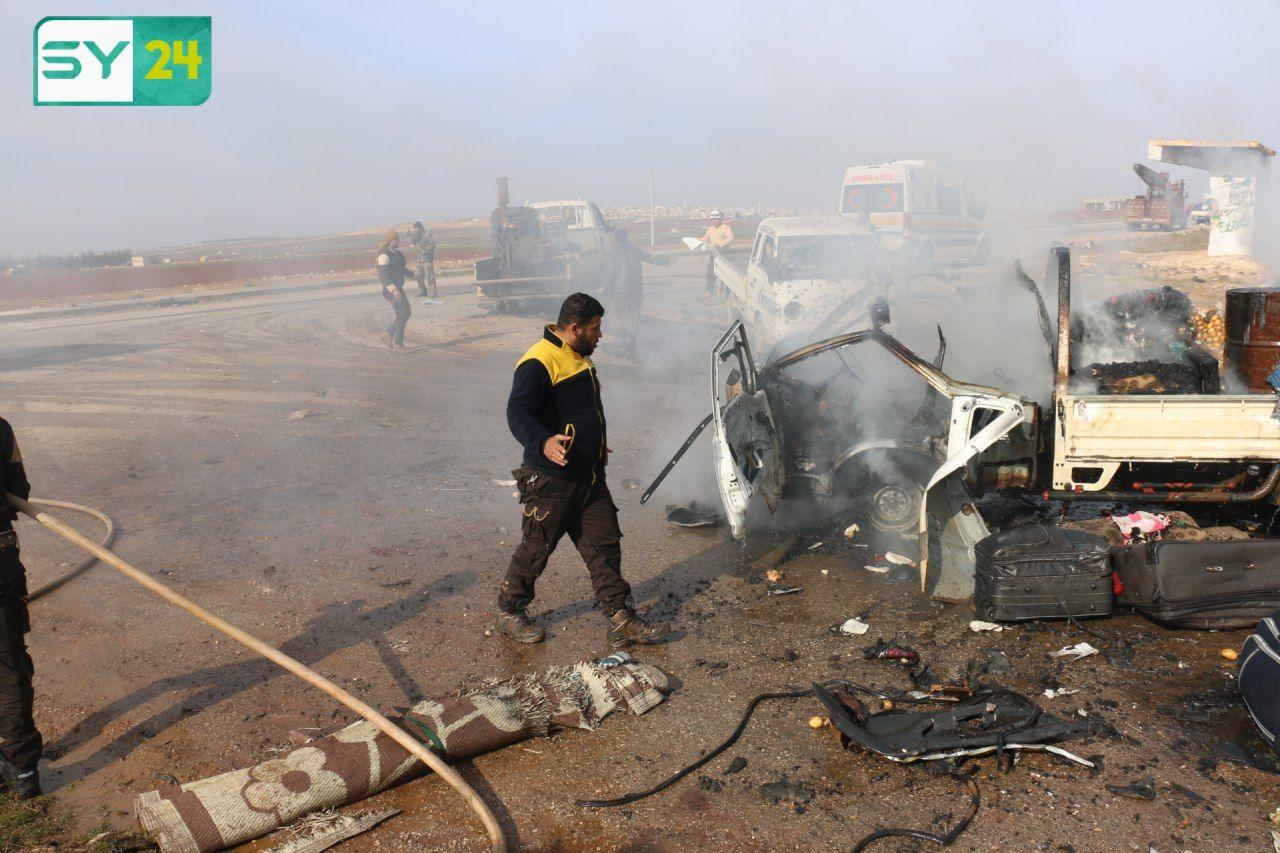 قُتل سبعة مدنيين بينهم طفل وأصيب آخرون بجراح بعضهم بحالة حرجة، إثر القصف الجوي من الطائرات الحربية التابعة للنظام السوري