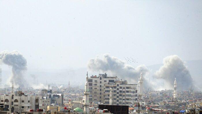 عشرات الغارات الروسية على أحياء دمشق الجنوبية