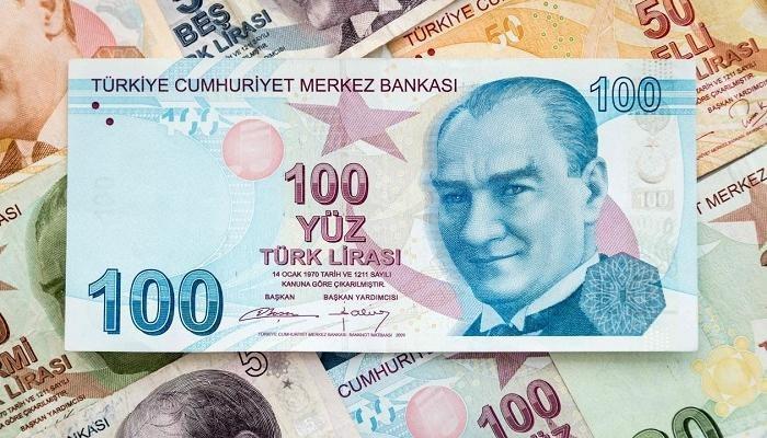 الليرة التركية تنهار أمام الدولار الأمريكي في أدنى مستوى تاريخي