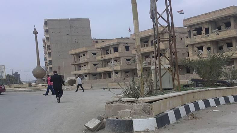 """قيادي في ميليشيا """"الدفاع الوطني"""" يعتدي بالضرب على شرطي شرقي سوريا"""